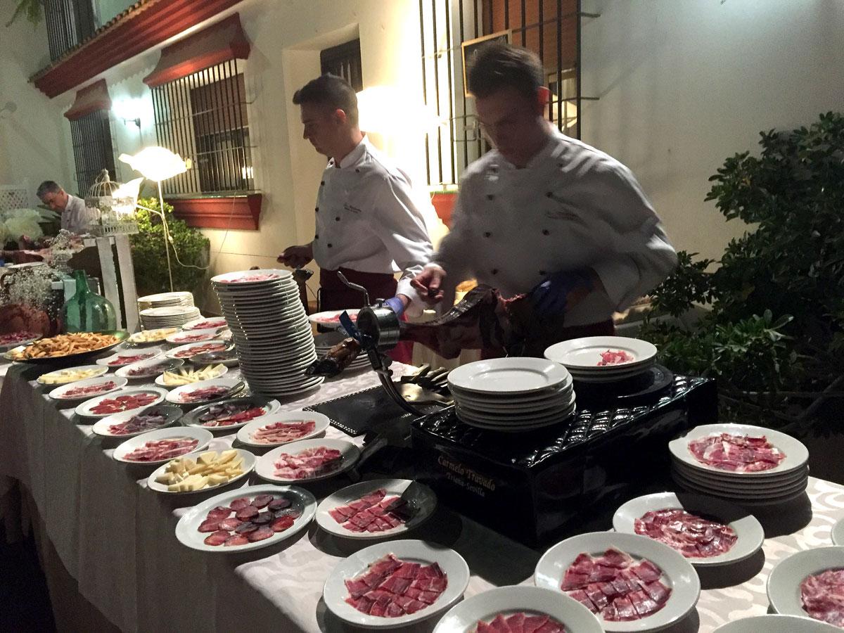 Cortadores de Jamón y bufé de Chacinas y Quesos en Finca Villa Araceli (Sevilla)
